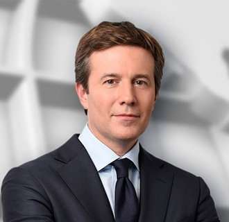 Jeff Glor Isn't Gay: He's Married, Has Wife And Looks Hot Shirtless - Personal Life Sneak Peak
