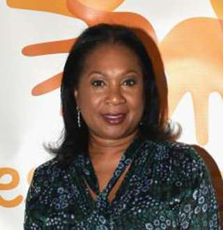 Is Sandra Bookman Married Or Single? Life Now, Husband, Family, Parents, Salary, Height