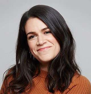 Alleged Gay Abbi Jacobson Dating Limit Exceeds