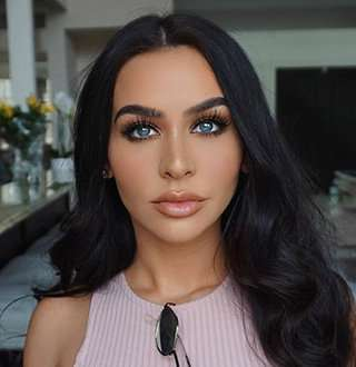 Carli Bybel Age 28: Dating Who After Long Time Boyfriend Break Up?
