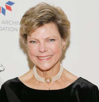 Cancer Survivor Cokie Roberts Rejoices Old Love With Husband With Steady Health