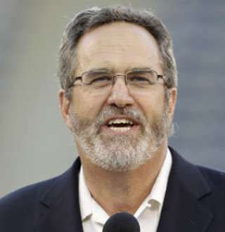Dan Fouts Stats, Net Worth & Family Status; Is He Among Richest? Find Out