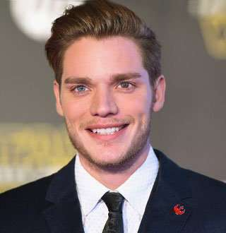 Dominic Sherwood Dating New Hottie While Former Girlfriend Slays With Beau