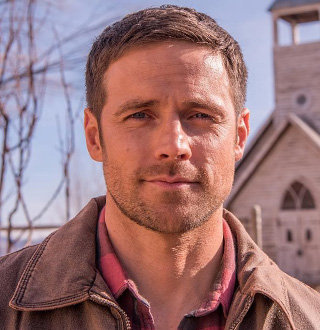 Dylan Bruce Married & Partner | Actor's Relationship, Not Where Expected