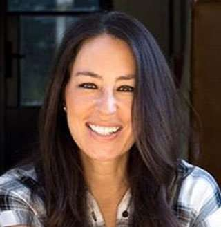 Joanna Gaines Wiki Age Ethnicity To Divorce Talks Fixer Upper