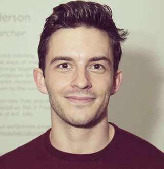 Jonathan Bailey Girlfriend Amid Raging Gay Speculations | Who's He Dating?