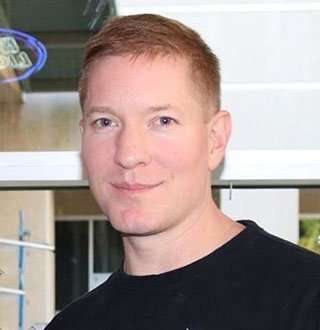 Joseph Sikora Top Secret Married Life & Wife Revealed? Answer - Twisted Yes!