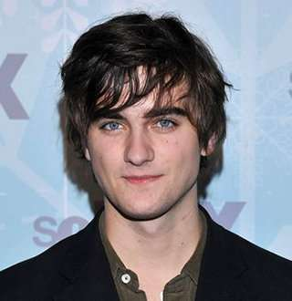 Landon Liboiron Age 27 Girlfriend: Who Is He Dating? Gay Talks & More