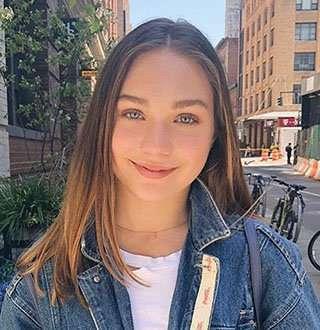 Maddie Ziegler Age 15 Wiki: Boyfriend Confusion, Dating Status Of Dancer