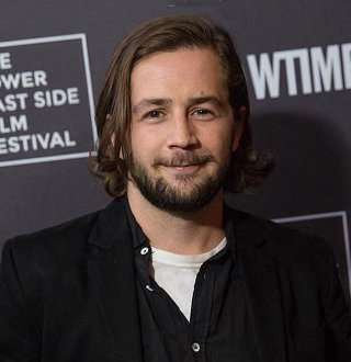 Michael Angarano Girlfriend Moved To Dating Another Actor, Did He As Well?