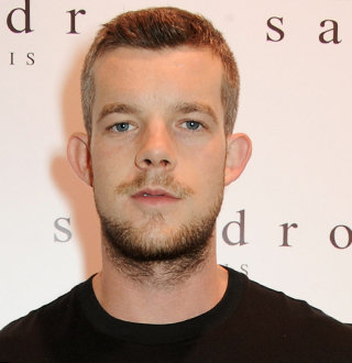 Openly Gay Russell Tovey Splits With Boyfriend-Turned-Fiancé; Memories Gets Wip Out!