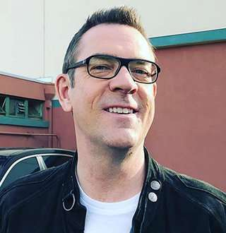 'Chopped' Star Ted Allen As Gay Man: Successfully Married, Recipe To Happy Husband