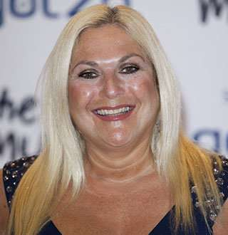 Vanessa Feltz & Husband With 10 Years Age Gap Have A Secret Wedding?