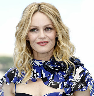 Vanessa Paradis Married Partner Samuel Benchetrit In France! Wedding Details From City Of Love