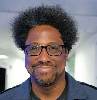 W. Kamau Bell & Wife As Interracial Parents; CNN Host, Family To Salary