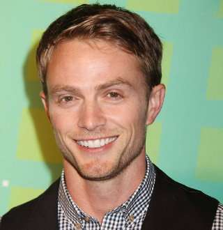 Who is Daredevil's Wilson Bethel Dating After Hassie; Wife-To-Be Around Or Single?