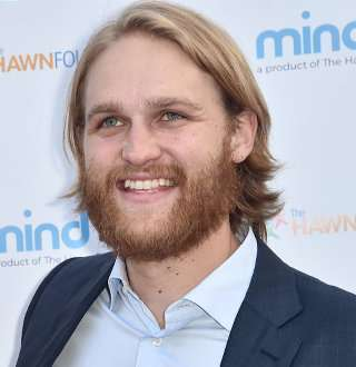 Lodge 49's Wyatt Russell Married & Separated With Wife; Now Dating Co-Star Girlfriend